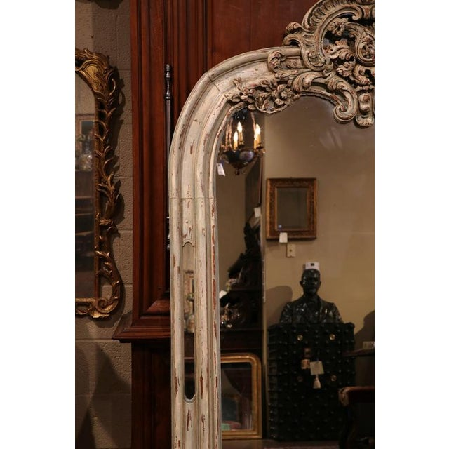 Early 19h Century French Régence Carved Painted and Gilt Mirror From Lyon For Sale - Image 4 of 6
