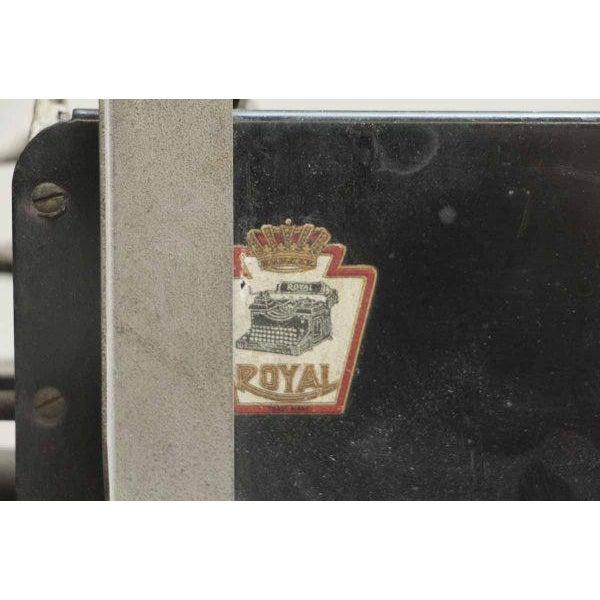 Vintage Royal Regal Typewriter - Image 4 of 9