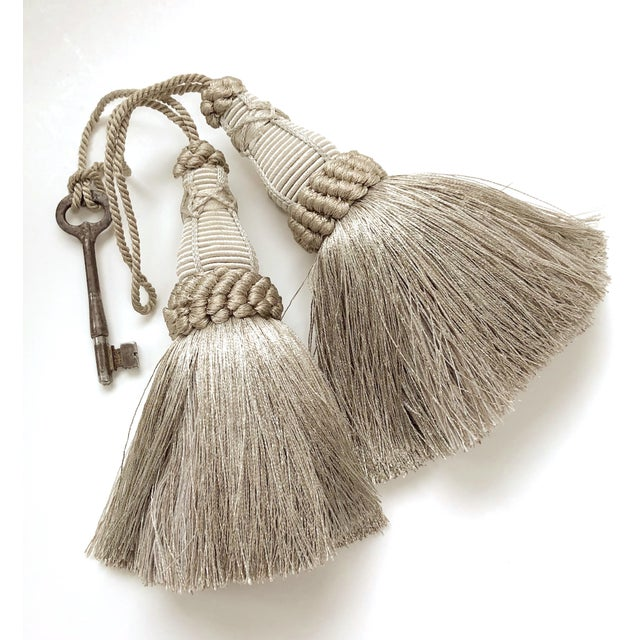 Silver Pair of Key Tassels in Pewter With Looped Ruche Trim For Sale - Image 8 of 11