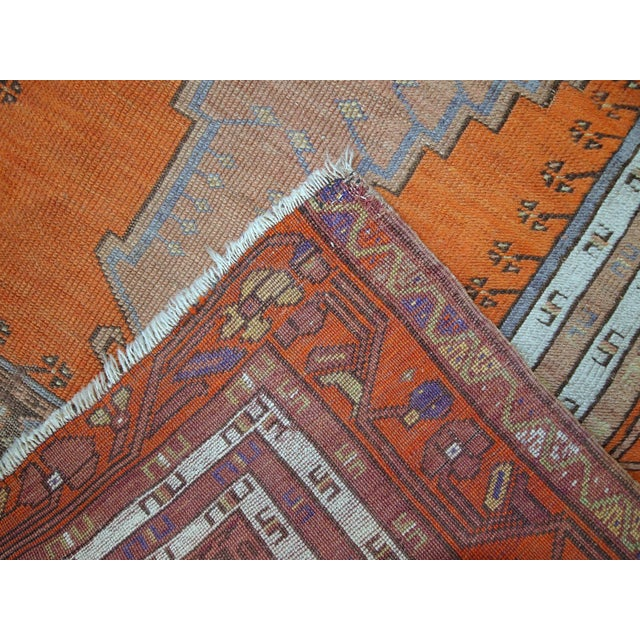 Abstract 1940s Hand Made Antique Turkish Anatolian Prayer Rug - 3′3″ × 4′7″ For Sale - Image 3 of 10