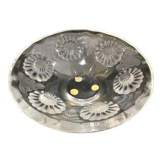 Lalique Crystal Bowl With Paquerette Flower Design For Sale