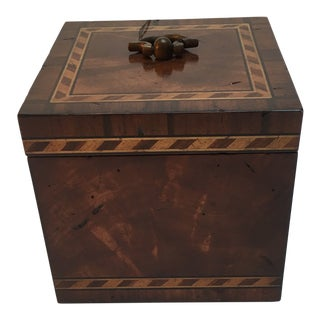 Inlaid Detail Wood Box