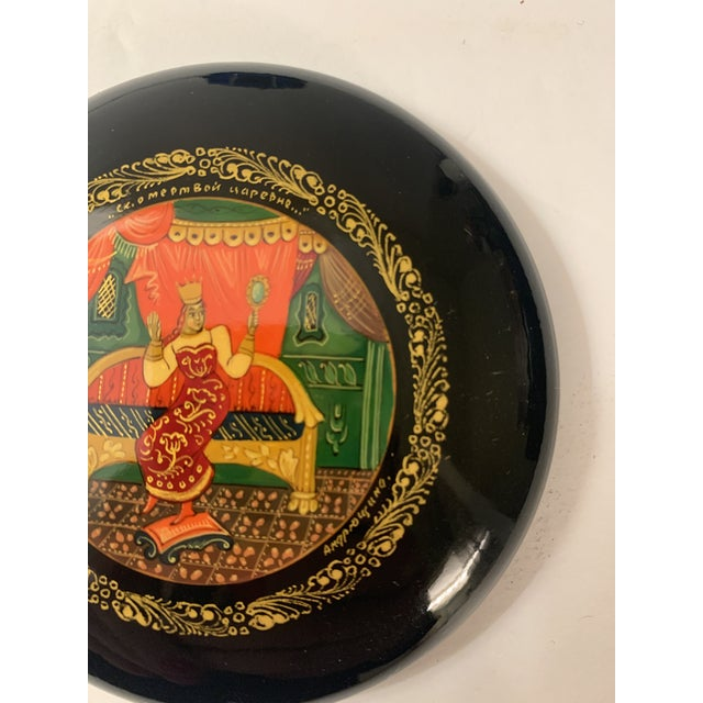Black Vintage Mstera Princess Art Russian Ussr Wooden Lacquer Hand Painted Box, Signed For Sale - Image 8 of 12