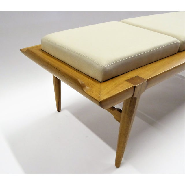 White 1950s Tomlinson's Sophisticates Line Mid-Century Modern Walnut Bench For Sale - Image 8 of 13