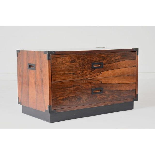 1960s Pair of Campaign-Style Rosewood Chest of Drawers For Sale - Image 5 of 9