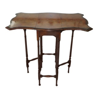 20th Century Federal Burlwood Drop-Leaf Serpentine Table For Sale