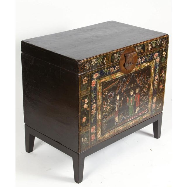 Gold 19th Century Chinese Painted Chest For Sale - Image 8 of 9