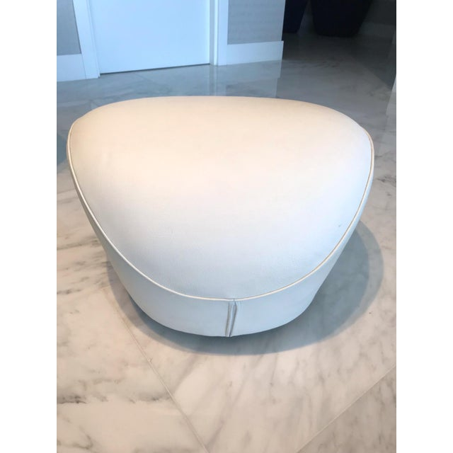 Mid-Century Modern Edito Modernist White Leather Ottoman by Roche Bobois For Sale - Image 3 of 11