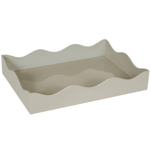 Modern Large Wavy Tray in Grey Lacquer For Sale