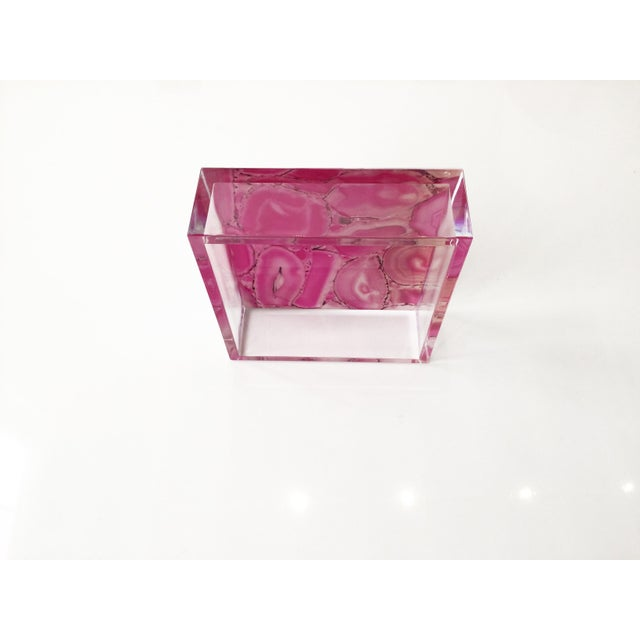 Bubble Gum Dwm   Maloos Lucite Pink Agate Pattern Tray For Sale - Image 8 of 9