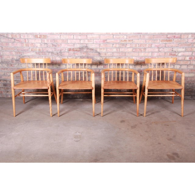 Mid-Century Modern Paul McCobb Planner Group Solid Maple Spindle Back Armchairs - Set of 4 For Sale - Image 3 of 13