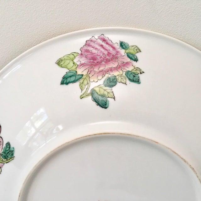 Large Vintage Rose Medallion Bowl For Sale In New York - Image 6 of 10