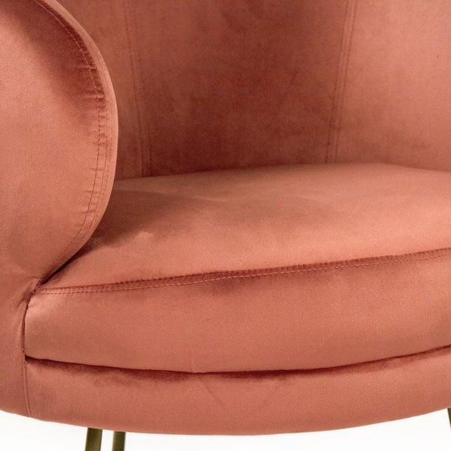 Acovet Mauve Rose Velvet Tub Chair in Rose For Sale - Image 4 of 5