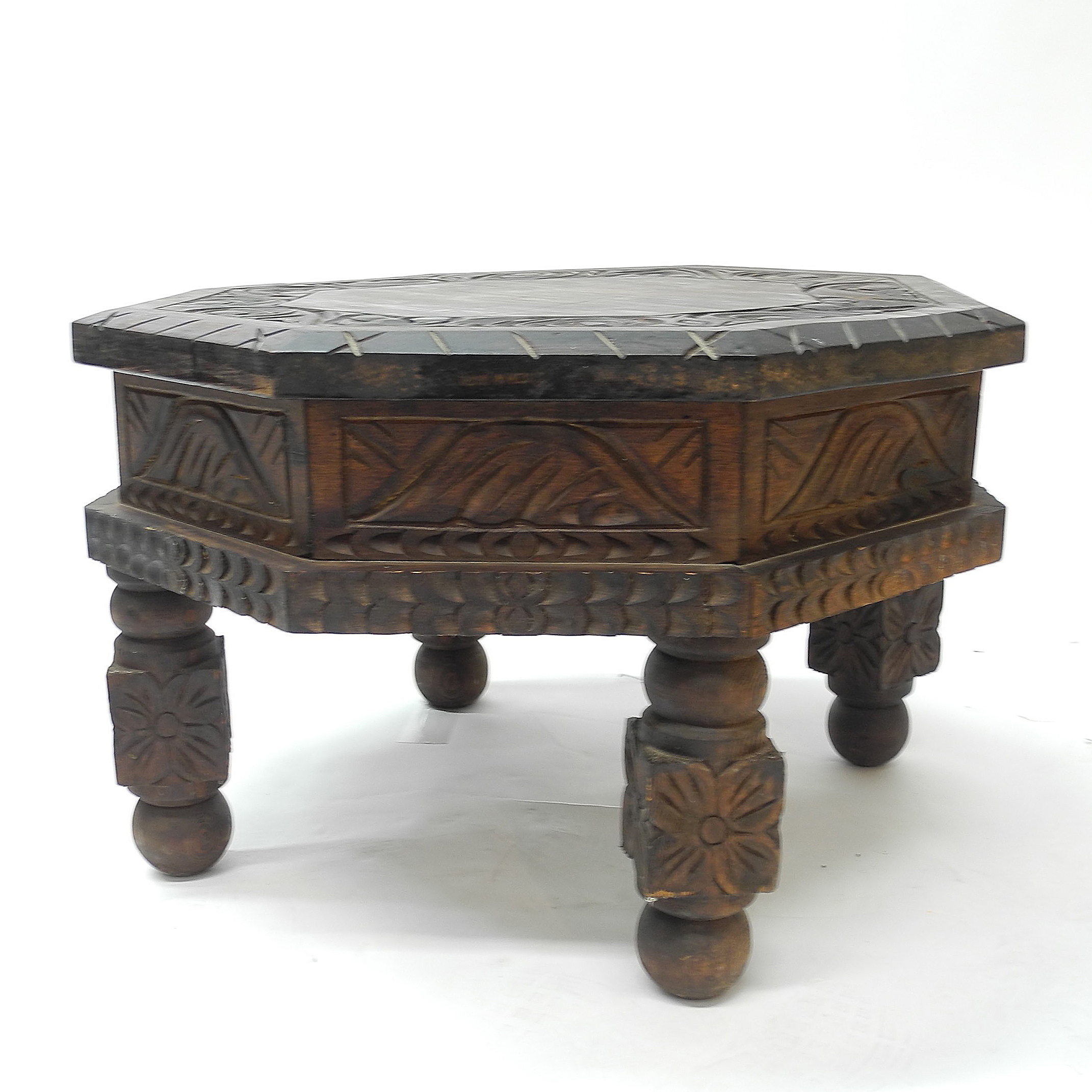 Hand Carved Mexican Drum End Table   Image 2 Of 7