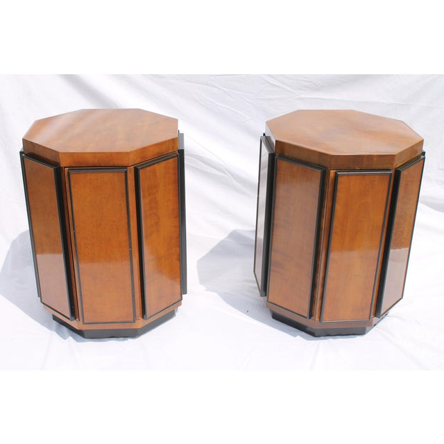 Henredon Mid-Century Nightstands or End Tables - A Pair - Image 3 of 11