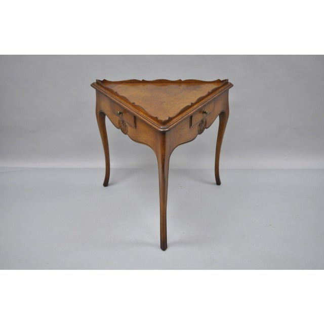 Country French Louis Triangle Side Table For Sale - Image 4 of 10
