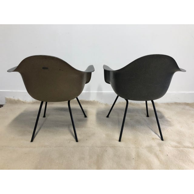 Mid-Century Modern Pair of Early Eames Herman Miller Armchairs, Elephant Hide Grey For Sale - Image 3 of 12