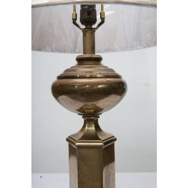 Traditional Stately Pair of Hexagonal Brass Lamps For Sale - Image 3 of 6