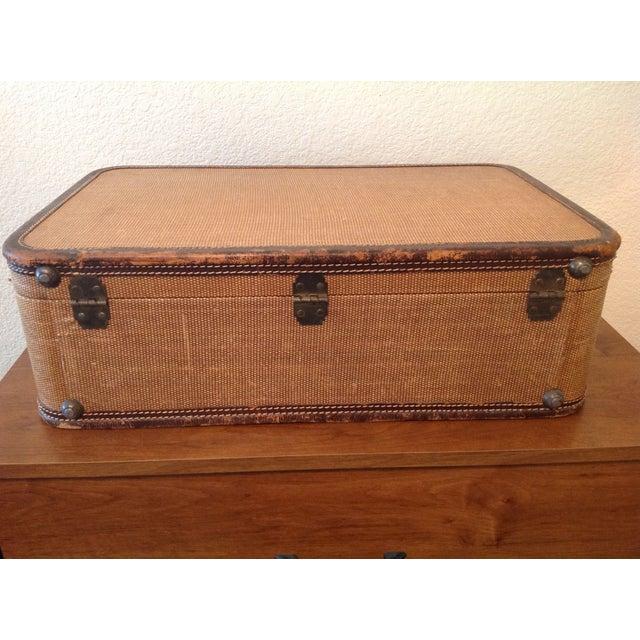 "Vintage ""Amelia Earhart"" Suit Case - Image 5 of 8"