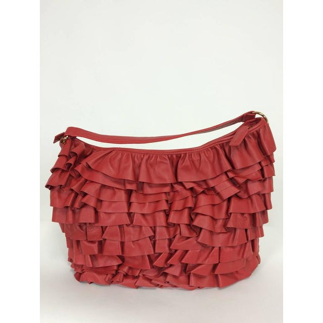 Animal Skin Valentino Large Red Leather Ruffle Shoulder Bag For Sale - Image 7 of 11