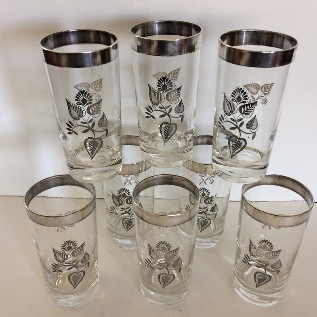 I do mean excellent with no wear no scratches perfect. These are the classic Georges Briard pattern done in sterling...