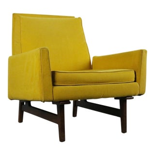 Jens Risom Model No. 2118 Lounge Chair in Original Yellow Upholstery on a Walnut Frame For Sale