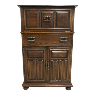 1970s Jacobean Ethan Allen Charter Oak Flip Top Liquor Cabinet For Sale