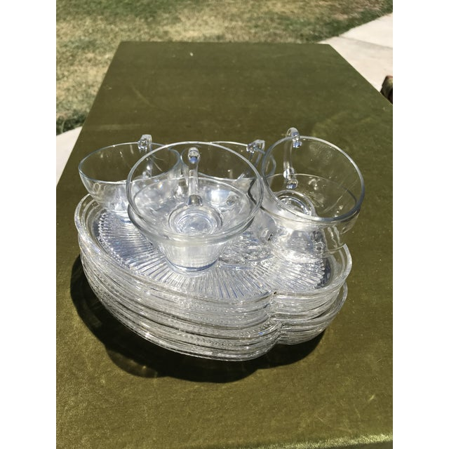 1950s Mid-Century Wheat Pattern Glass Luncheon Plates & Cups - Service for 10 For Sale - Image 5 of 5