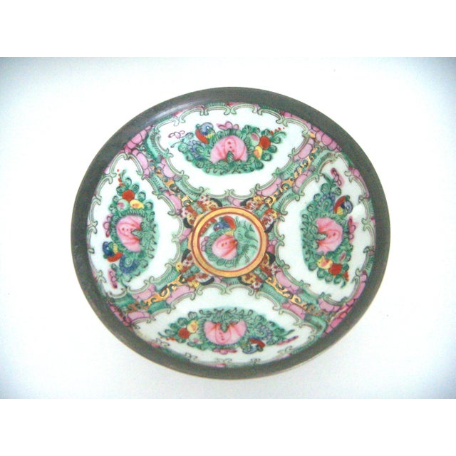 Maas Brothers Chinese Rose Canton Plate & Stand - Image 2 of 8