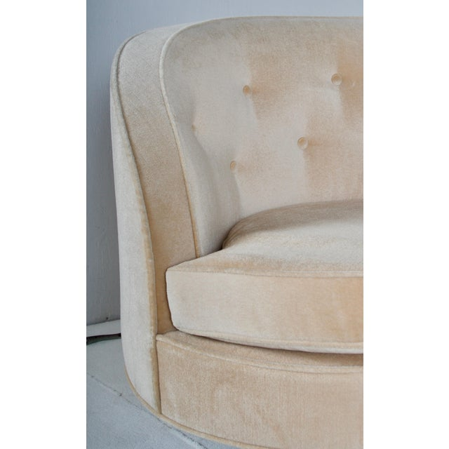 Oasis Sofa by Wormley for Dunbar For Sale In San Francisco - Image 6 of 13