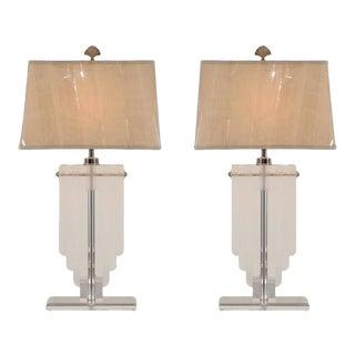 Elegant Restored Pair of Vintage Lucite Shield Form Lamps For Sale