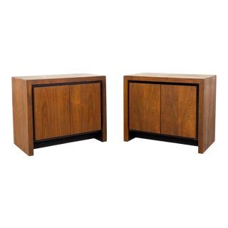 Merton Gershun for Dillingham Mid Century Bookmatched Cabinet End Table Nightstand - a Pair For Sale