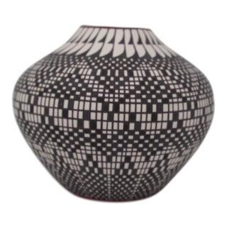 Acoma Eye Dazzler Vase