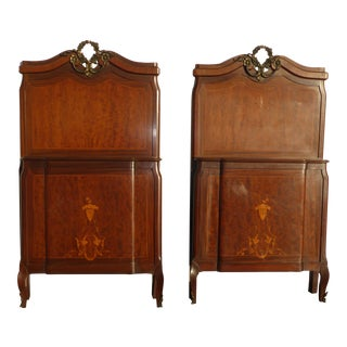 Antique Federal Style Twin Headboards & Footboards - A Pair For Sale