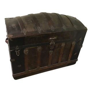 1890s Antique Barrel Trunk For Sale