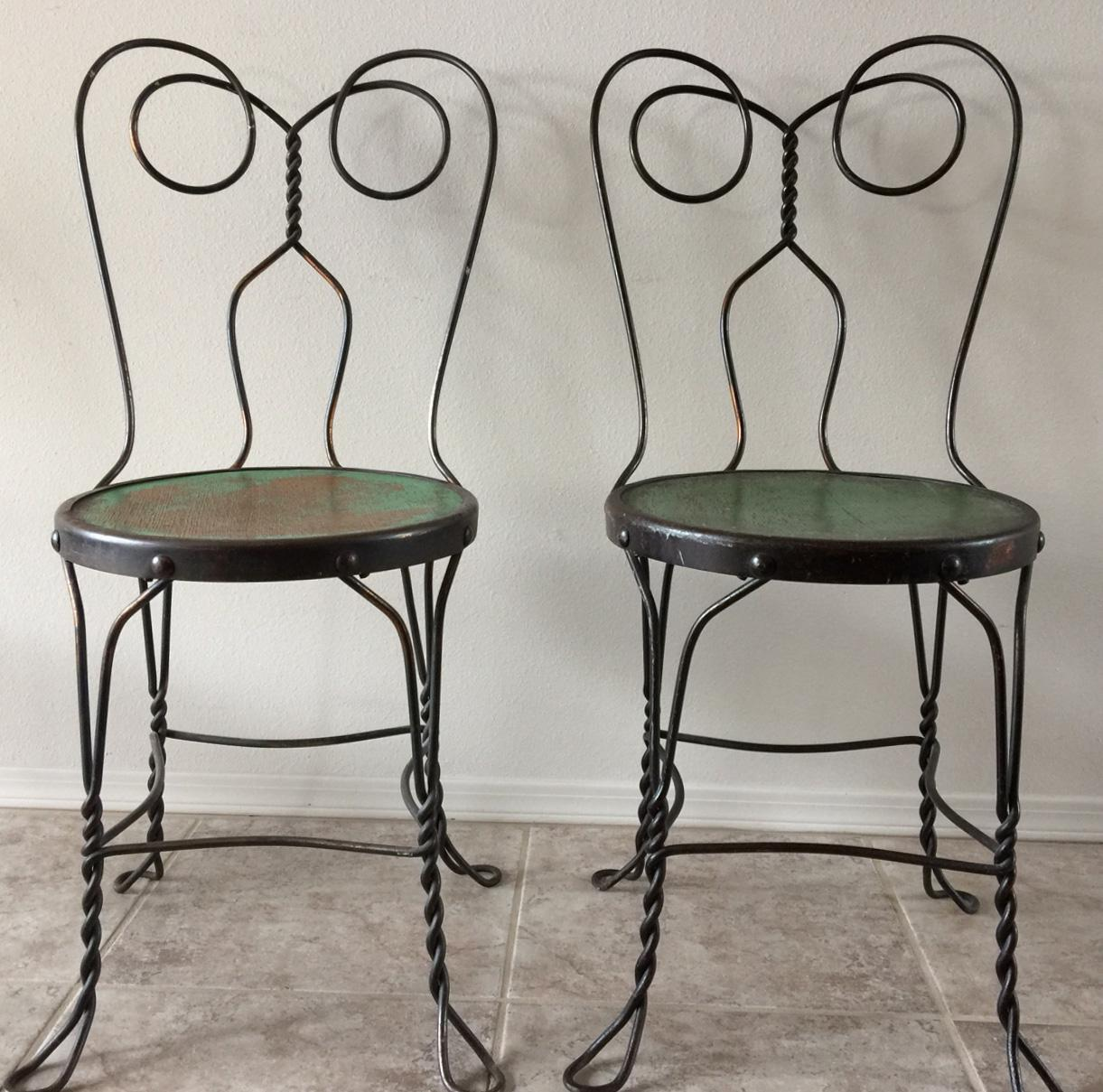 Genial This Delightful, Art Deco, Vintage Set Of Bistro Or Ice Cream Parlor Chairs  Came