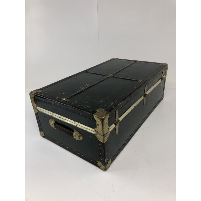 Americana Vintage Vulcanized Black Steamer Trunk With Tray For Sale - Image 3 of 12