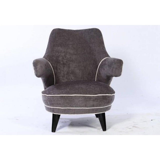 Mid-Century Modern Mid Century Boudoir Chair with Floating Arms For Sale - Image 3 of 5