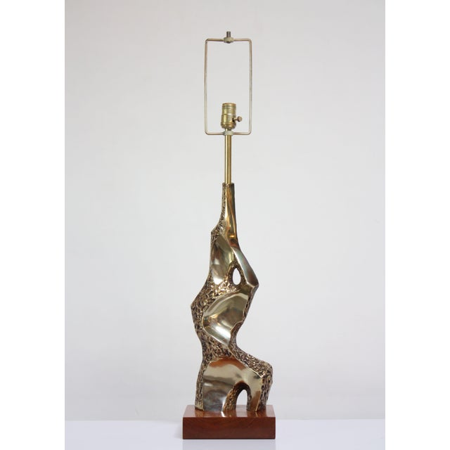 Brutalist Sculptural Brutalist Brass Table Lamp by Maurizio Tempestini for Laurel For Sale - Image 3 of 13