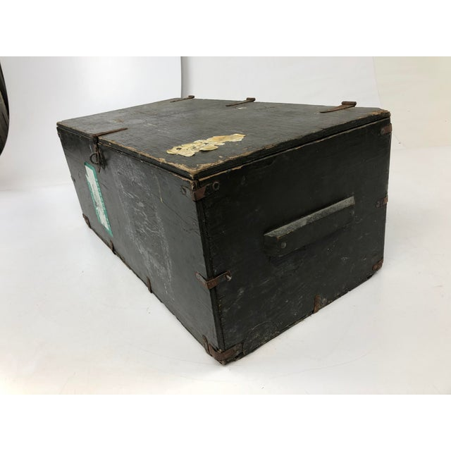 American Vintage Industrial Wood Military Foot Locker With Tray For Sale - Image 3 of 13