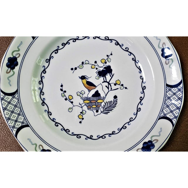 Wedgwood Wedgwood Volendam Pattern China Georgetown Collection Dinner Plates - Set of 6 For Sale - Image 4 of 7
