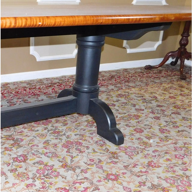 Tiger Maple Oval Country Dining Table - Image 5 of 10