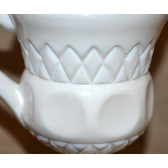 Vintage McKee Plymouth Pattern Sugar and Creamer Set For Sale - Image 4 of 5