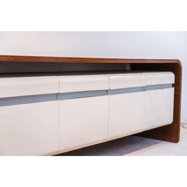 Michel Boyer Walnut and Formica Credenza For Sale In San Francisco - Image 6 of 7