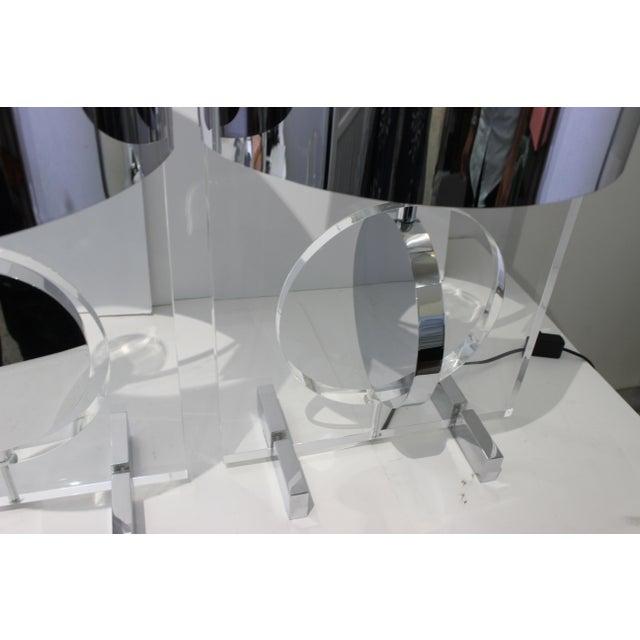 Karl Springer Vintage Karl Springer Attributed Table Lamps Rotating Discs Lucite Chrome - a Pair For Sale - Image 4 of 11