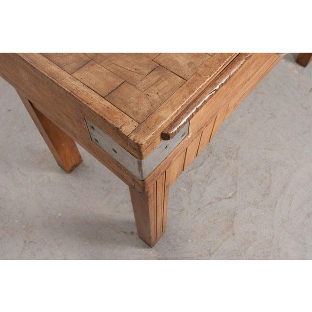 French Early 20th Century Art Deco Pine Butcher Block For Sale - Image 11 of 12