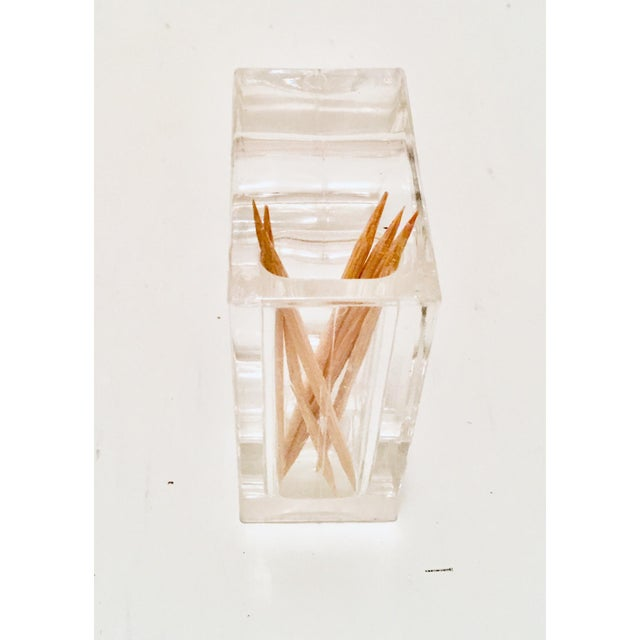 Contemporary Mid-Century Clear Lucite Napkin Rings - Set of 4 For Sale - Image 3 of 7