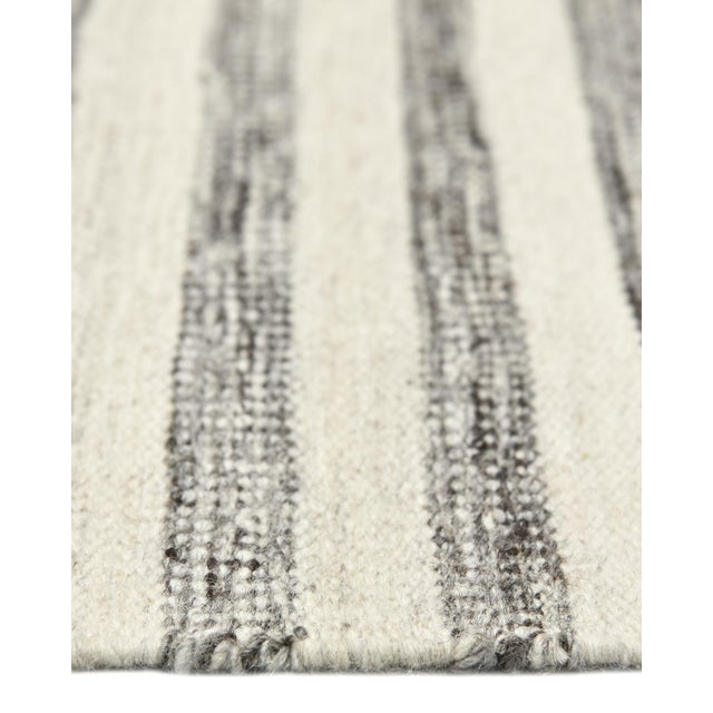 Lorrena, Contemporary Flatweave Hand Woven Area Rug, Gray, 8 X 10 For Sale In New York - Image 6 of 9