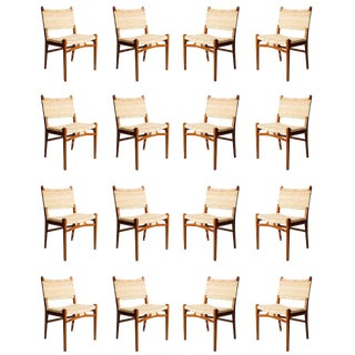 Set of 16 Hans Wegner CH31 Dining Chairs For Sale