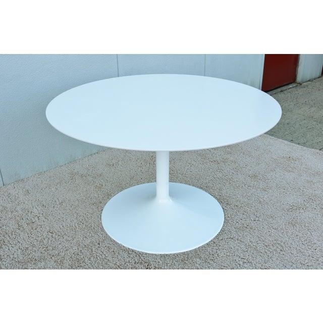 """1950s Mid-Century Modern Eero Saarinen Style 48"""" Round White Top Tulip Dining Table - Image 6 of 13"""